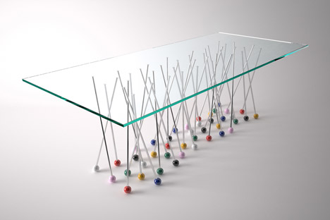 Liaison-Table-by-Daniele-Ragazzo_dezeen_468_2